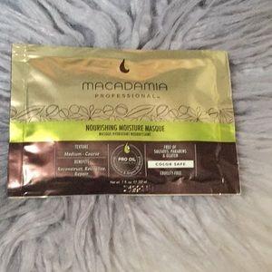 Other - Macadamia Professional Moisture Mask